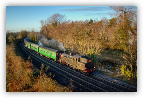 Santa Special Steaming Home (Click to Enlarge)